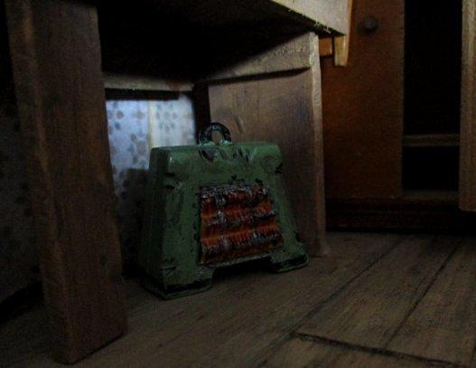 theinfill art deco dolls house blog, theinfill dolls house blog, theinfill 1930s-50s Deco House, Hogepotche Hall –Hodgepodge Hall - Medieval Tudor Jacobean dolls house blog - attic #1