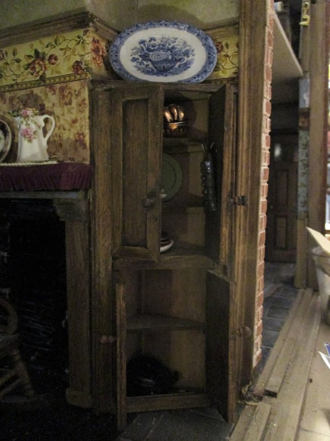 theinfill blog, theinfill dolls house blog – scratch build Victorian and Edwardian scenes, Victoria Villas - kitchen living room cupboard